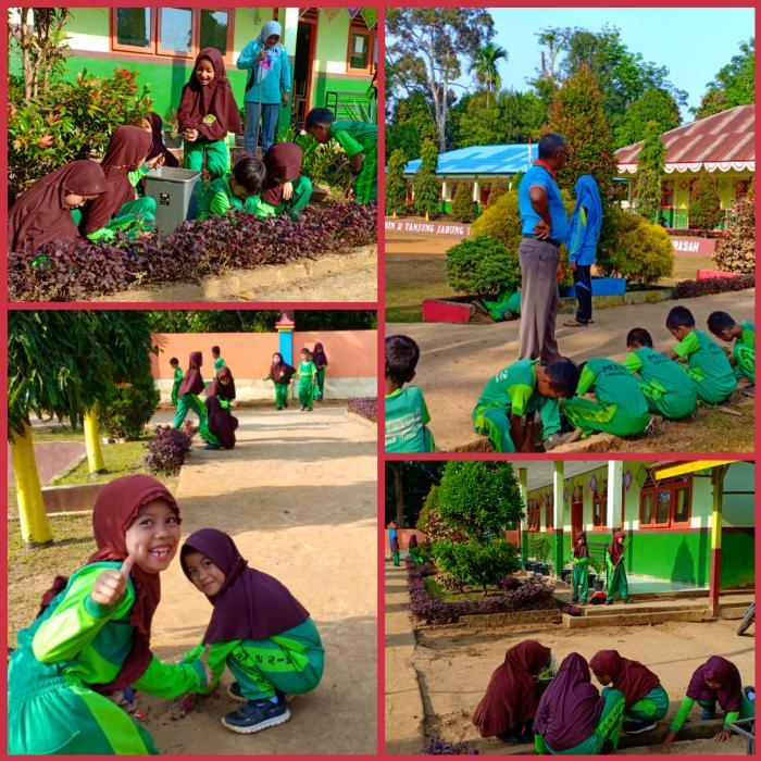 Semangat Pagi dengan Bergotong Royong Membersihkan Lingkungan Madrasah